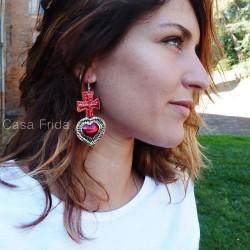 Boucles d'oreilles coeur sacré avec croix