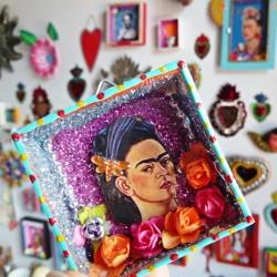 Mini niche Frida Kahlo en noir et blanc