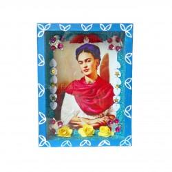Niche Frida Kahlo avec châle rouge