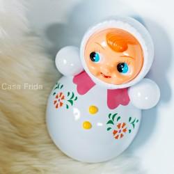 Poupée culbuto blanche - Jouet bébé rétro - Déco vintage - Casa Frida
