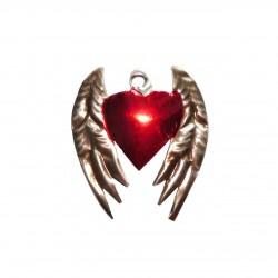 Sagrado corazón con alas