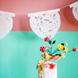 Paper bunting Corazon