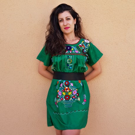 Green Short embroidered dress